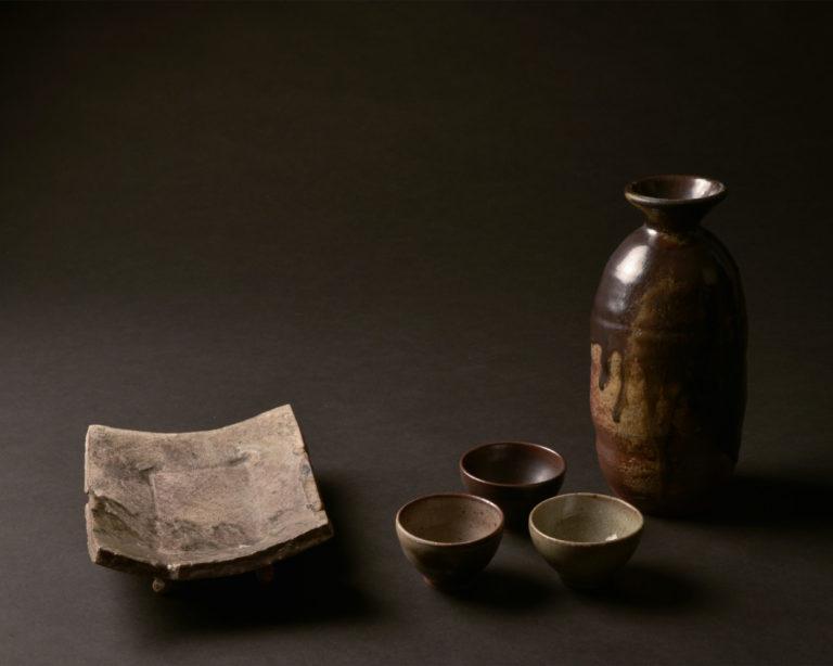 Sebastien-de-Groot-Galerie-Tokuri-bouteille-et set-a-Sake-